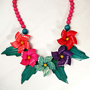 Vintage 1970�s Hawaiian Hibiscus Flower Wood Carved Necklace