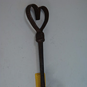 REDUCED Iron Retainer- Heart + Rams horn thumbscrew