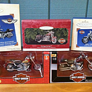 Lot of 5 Harley Davidson Ornaments and 1:18 Motorcycle Replicas
