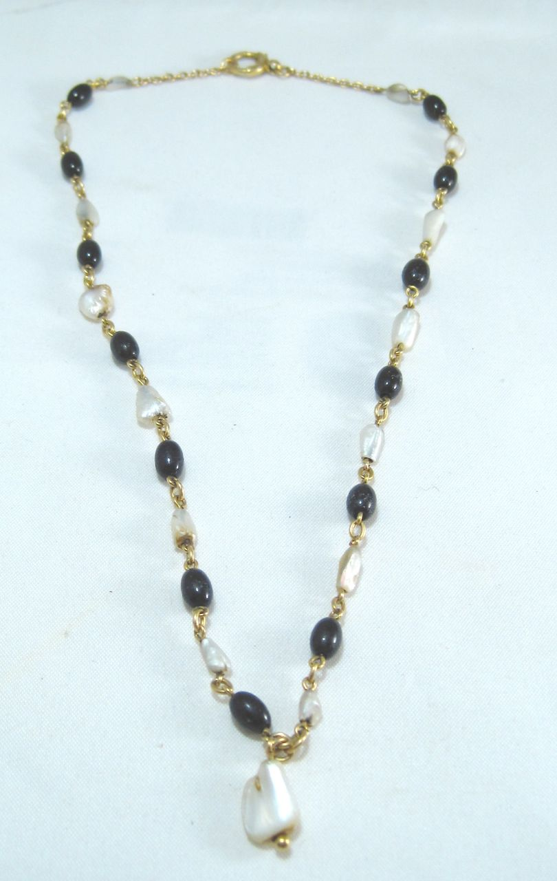 Art Deco 18K Gold, Black Onyx and Abalone Pearl Necklace