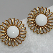 Emmons Arctic Ice and Gold-toned Spiral Flower Earrings