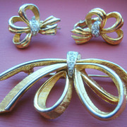 SALE BOUCHER Ribbons and Bows Demi Parure with Rhinestone Knots