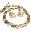 Elegant Crown Trifari Necklace Parure: Classic Trifari, Very Feminine and Exceptionally Beautiful
