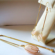 SALE Art-Wired Rose Quartz Necklace Demi Parure
