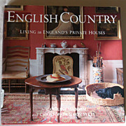REDUCED English Country - Living in England's Private Houses