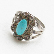 Small Pre 1970's Southwestern Turquoise Sterling Ring - Size 5 3/4