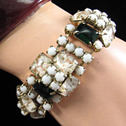 Lovely Vintage Bracelet with Unusual Art Glass Stones