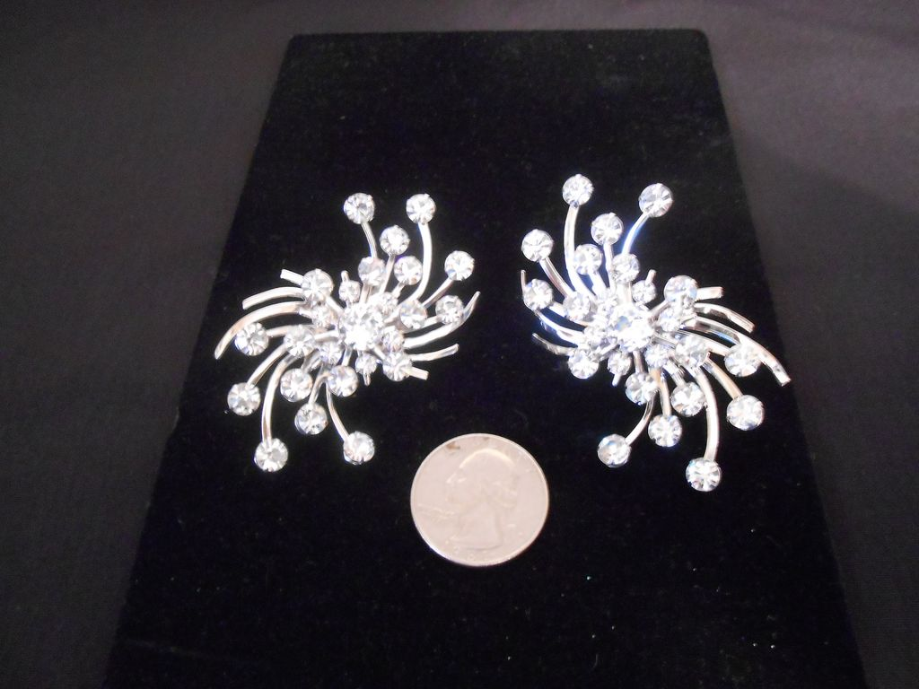 Eisenberg Clear Rhinestone Large Statement Clip Earrings Ca. 1942-1945