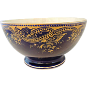 ANTIQUE Lorraine / Saargem�nd Sarreguemines COBALT Blue Pedestal POTTERY Bowl w GILT Transfer