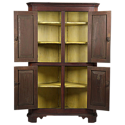 Rare American Chippendale Corner Cupboard Cabinet, Unusually Small c. 1790-1810