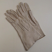 1950s Ladies Ivory Deerskin Gloves Size 6 1/2