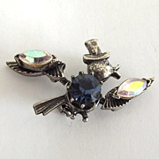 Dapper Florenza Trembler Bird Pin with Rhinestones and Top Hat