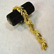 Coro Bracelet Wind and Feathers Flight in Gold Tone Magnificence