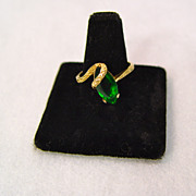 SALE 10KT Yellow Gold Ring With Created Emerald Green Stone