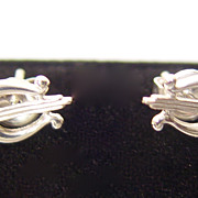 14KT White Gold Pierced Earrings Musical Lyre