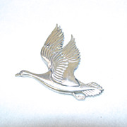 Coro Sterling Silver Pin Norseland By Coro Goose In Flight