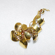 10KT Gold Flower Pin Duel Blossom With Gently Coiled Leaves