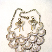 Sarah Coventry Necklace Earrings Set Charisma Textured Silver Tone With Dangles
