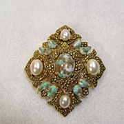 Sarah Coventry Pin Remembrance A Hint of Victorian Style