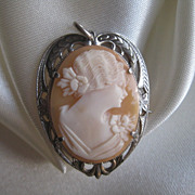 Lovely Cameo in Sterling Heart Shaped Frame