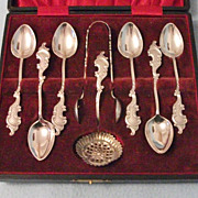 Stunning Silver Plated Teaspoons, Sugartongs & Sugar Sifter Spoon Boxed Set - Quality Decorati