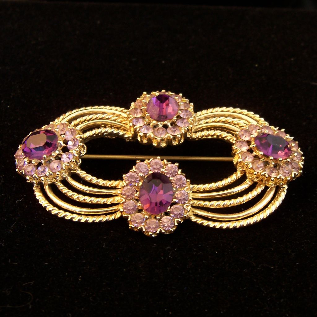 Vintage Purple Corocraft Pin / Brooch