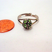 Vintage Rhinestone Ring, Silver tone Green Rhinestone Ring Size 7 Vintage jewellery