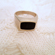 Sterling Silver Ring, Signed 925 Modern Chunky Unisex Ring Size 8 vintage jewellery with black