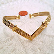 Vintage Chevron Cuff Bracelet, Gold tone Bracelet Vintage jewellery