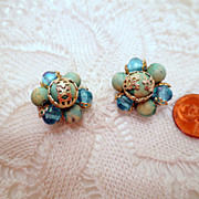 Vintage Cluster Earrings, Blue flower Clip ons Vintage Jewelry Clip on Earrings