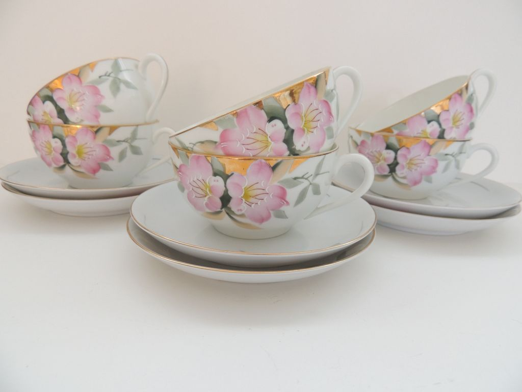 Noritake Azalea Cups & Saucers