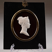 NAPOLEONIC PORTRAIT 19TH/20TH C profile of Josephine on ruby glass