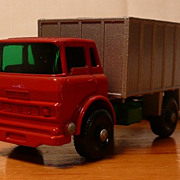 Matchbox #26c - G.M.C. Tipper Truck - ca. 1968