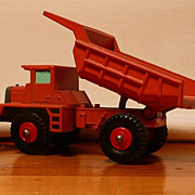Matchbox #28d - Mack Dump Truck - ca. 1968-70