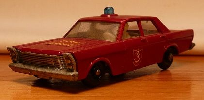 Matchbox #59c - Ford Galaxy ('Galaxie') Fire Chief - Blue Light - ca. 1969-70