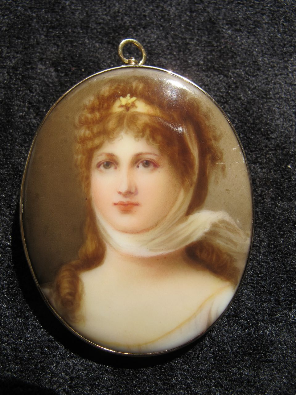 Handpainted porcelain portrait brooch 10K frame - Queen Louisa Prussia