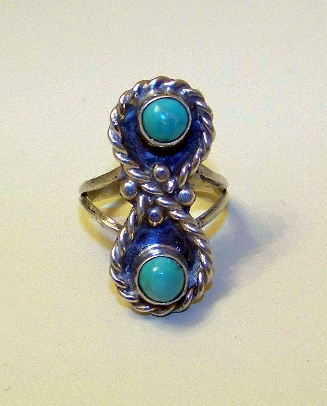 Wonderful Vintage Sterling Silver and Natural Turquoise Ladies Ring Size 5 3/4