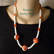 Red Sun Shell Necklace