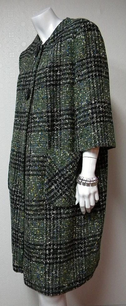 Ladies 1960s Vintage Plaid Wool Tweed Coat