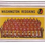 A Vintage 1960 Washington Redskins Football Team Trading Card, Topps # 132