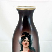 Brown Vase with Exquisite Portrait