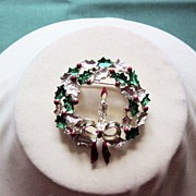 Gerry's Christmas Wreath With Candle Insert Brooch