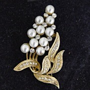 Vintage Pakula Pearls And Rhinestone Brooch