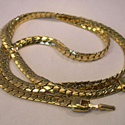 30-Inch Napier Chain Necklace in Mint Condition
