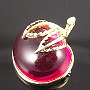 SALE Sarah Coventry Fuchsia Translucent LuciteCirca 1960�s Apple Pin