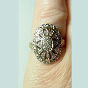 Vintage H.M. Pierced Gold Diamond Ring Flower Design