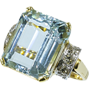 12 cts Aquamarine diamonds estate ring yellow gold