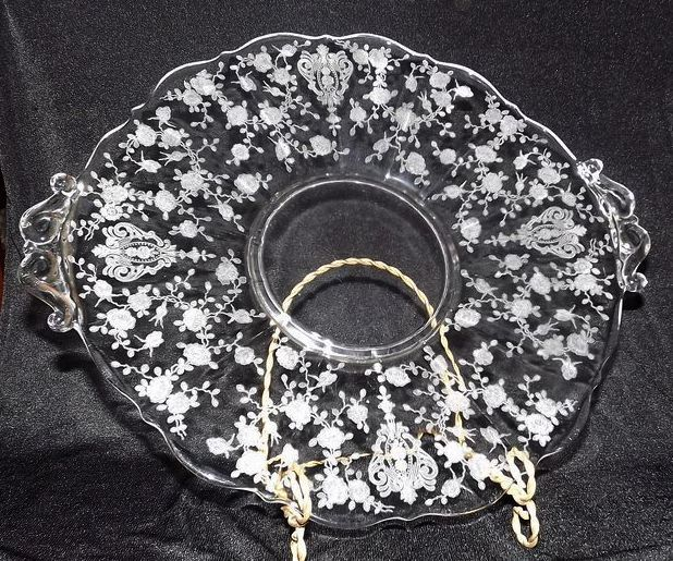 "Cambridge ""Rosepoint"" Handled Cake Plate"