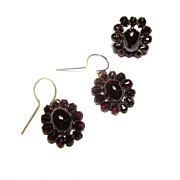 SALE GLITTERING Bohemian Pyrope Garnet/9kt Demi-Parure, Ring and Earrings, c.1870!