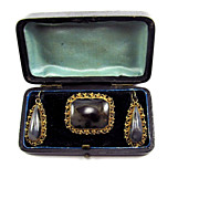 INCOMPARABLE Regency Picture Agate/Pinchbeck Demi-Parure in Original Fitted Case, Earrings & B